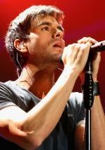 Ultimele detalii ale concertului Enrique Iglesias la Bucureşti. Program şi reguli de acces