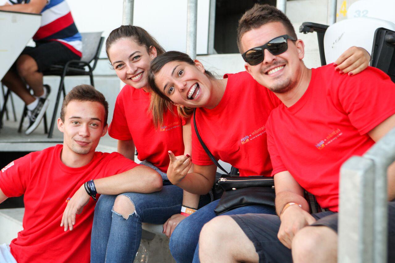 Se recrutează voluntari la UNTOLD 2016