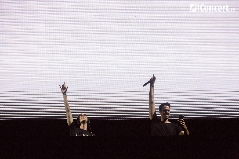 W&W au pregătit atmosfera pentru Armin van Buuren - Foto: Daniel Robert Dinu / iConcert.ro