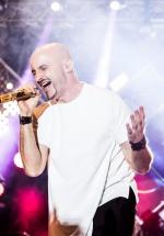 """Voltaj donează biletele VIP de la concertul """"X"""" din Bucureşti copiilor din programul """"Vreau în clasa a 9-a"""""""