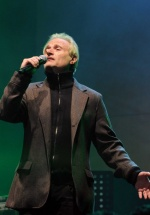 Concertul Amedeo Minghi de la Bucureşti, amânat pentru aprilie 2017