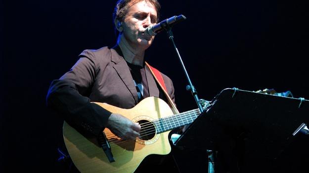 Legenda muzicii greceşti, George Dalaras revine în concert în România, în mai 2017