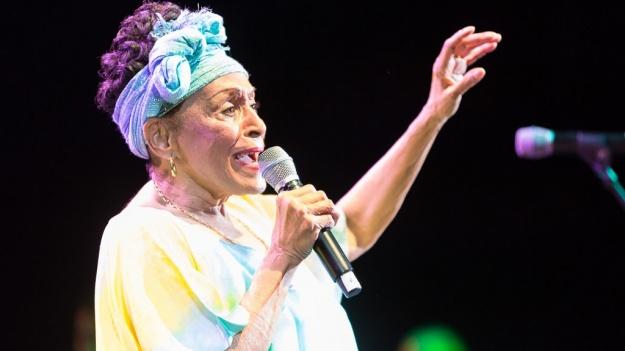 Omara Portuondo, diva cubaneză Buena Vista Social Club, revine în concert în România, în aprilie 2017