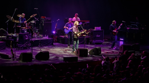 The Dire Straits Experience revine în România cu trei concerte, în decembrie 2017