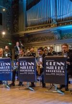 RECENZIE: O călătorie în trecut cu The World Famous Glenn Miller Orchestra, la Ateneul Român din Bucureşti (FOTO)