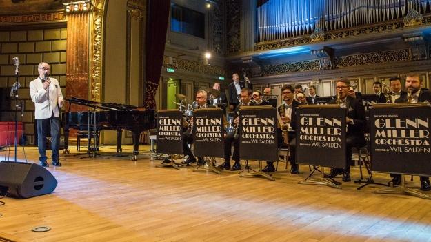 FOTO: Glenn Miller Orchestra la Ateneul Român din Bucureşti
