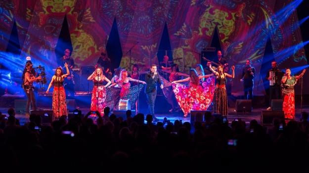 """RECENZIE: """"Ursărie maximă"""" la concertul Damian & Brothers de la Sala Palatului (FOTO)"""