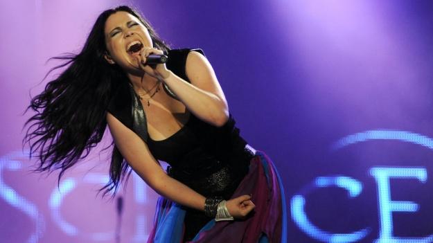 Au fost anunţate trupele care deschid concertul Evanescence de la Bucureşti