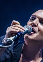 RECENZIE: Placebo la Bucureşti – 20 de ani sărbătoriţi printr-un concert între prieteni (FOTO)
