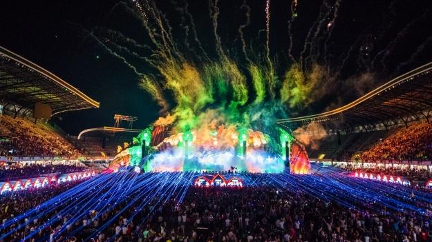 RECENZIE: Peste 330.000 de tineri s-au distrat pe tărâmul magic UNTOLD, pentru al treilea an la rând (FOTO)