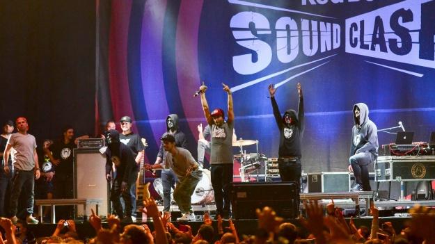 FOTO: Red Bull SoundClash: CTC vs Carla's Dreams la Sala Polivalentă din Bucureşti