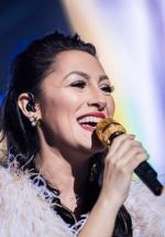 """RECENZIE: Sentimente şi emoţii împărtăşite de Andra la concertele """"Aievea"""" de la Sala Palatului (FOTO)"""