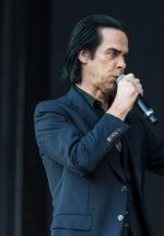 RECENZIE: Despre suflet, muzică şi geniu cu Nick Cave & The Bad Seeds la Bucureşti (POZE)