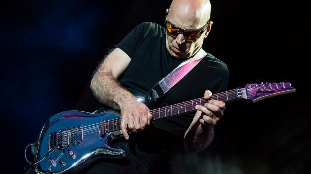 FOTO: Joe Satriani la Arenele Romane din Bucureşti
