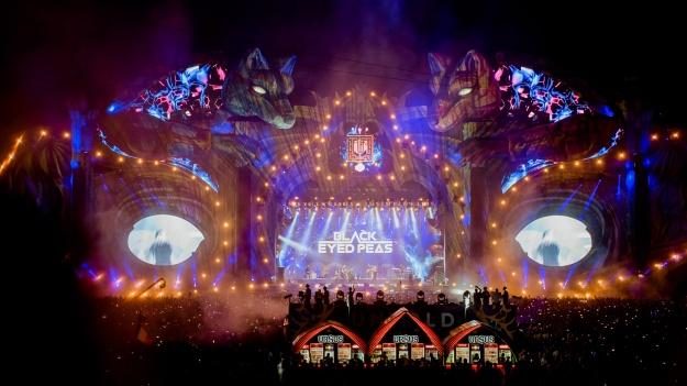 FOTO: Armin van Buuren, Black EyedPeas, Tujamo şi Fedde Le Grand, în ultima zi de UNTOLD 2018