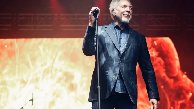 Ultimele detalii ale concertului Tom Jones de la Cluj-Napoca. Program şi reguli de acces