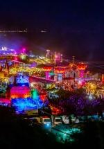 RECENZIE: Sute de mii de fani, peste o sută de artişti, 7 scene şi o mulţime de activităţi la NEVERSEA 2019